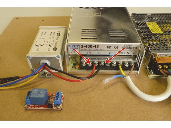 Connect the black and red cable of the Speed Controller to the V- and V+ port on the 400W power supply as shown