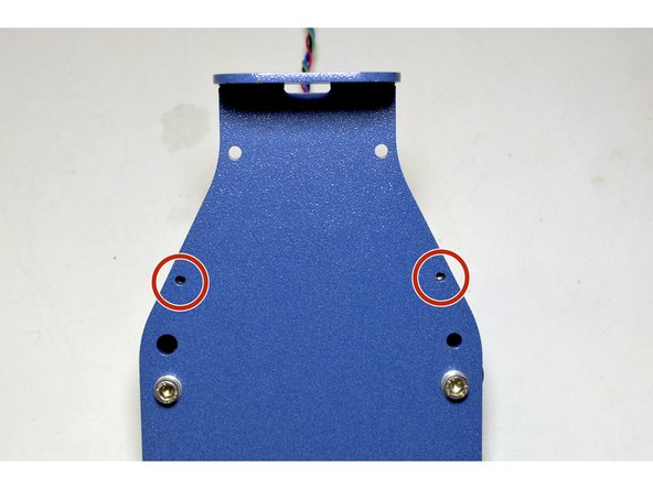 Fix the loose end of the M3x23 standoffs with the M3x8 cap screws (2 Pcs), M3 Washers (2 Pcs) and Pratley Pratlock