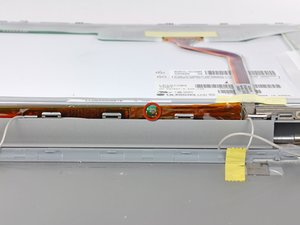 """PowerBook G4 Aluminum 12"""" 867 MHz Clutch Cover Replacement"""