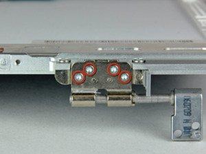 "MacBook Pro 15"" Core 2 Duo Model A1211 Left Clutch Hinge Replacement"