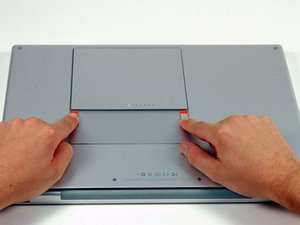 """MacBook Pro 15"""" Core 2 Duo Model A1211 Battery Replacement"""