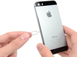 iPhone 5s SIM Karte ersetzen