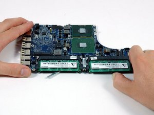 MacBook Core Duo Logic Board Replacement