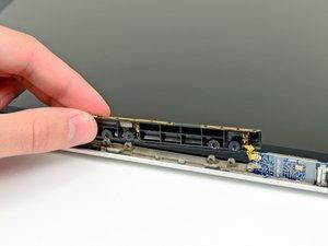 "MacBook Pro 13"" Unibody Mid 2009 AirPort Antenna Replacement"