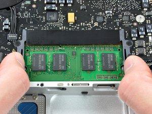 MacBook Unibody Model A1278 RAM Replacement