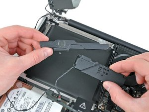 """MacBook Pro 13"""" Unibody Early 2011 Right Speaker/Subwoofer Replacement"""