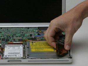 "PowerBook G4 Aluminum 15"" 1-1.5 GHz PRAM Battery Replacement"