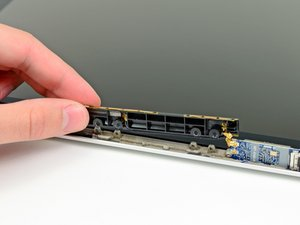 "MacBook Pro 13"" Unibody Mid 2010 AirPort Antenna Replacement"