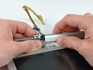 """PowerBook G4 Aluminum 17"""" 1-1.67 GHz Clutch Hinges Replacement"""